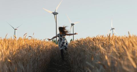 Jsme vaším průvodce ve světě energií, myslíme na naši společnou budoucnost.