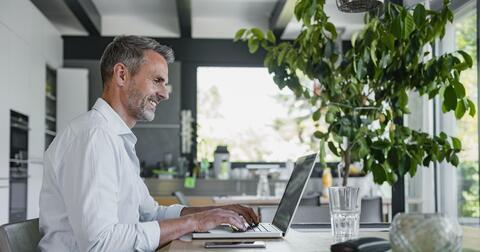 Šetříme přírodu ainovujeme služby. Vyzkoušejte, co vše už jde zařídit online v portálu Energie24.